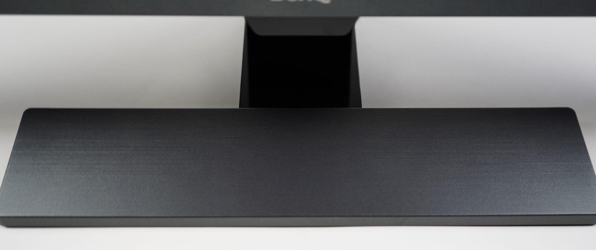 BenQ EL2870U Standfuß Design 2